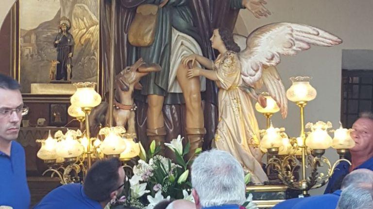 La imagen original de San Roque en Museros sale por primera vez después de 25 años en procesión