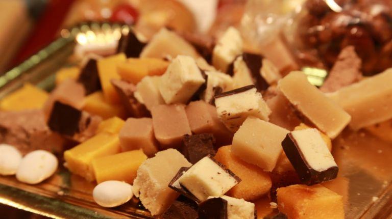 La XIX Feria del Dulce Artesano, Peladillas y Turrones de Casinos nos acerca a la Navidad