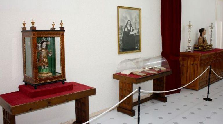 El monasterio de la Purísima Concepción, San José y Beata Inés de Benigànim abre una sala de exposiciones temporales e incorpora nuevas piezas