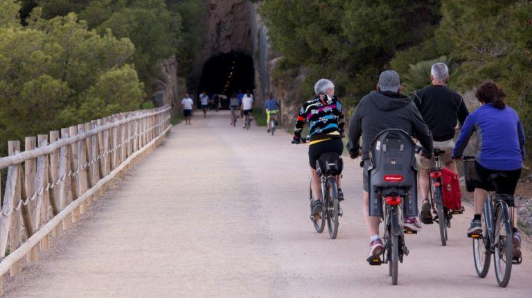 Las vías verdes y la bicicleta  quieren atraer  turismo activo a la provincia de Castellón