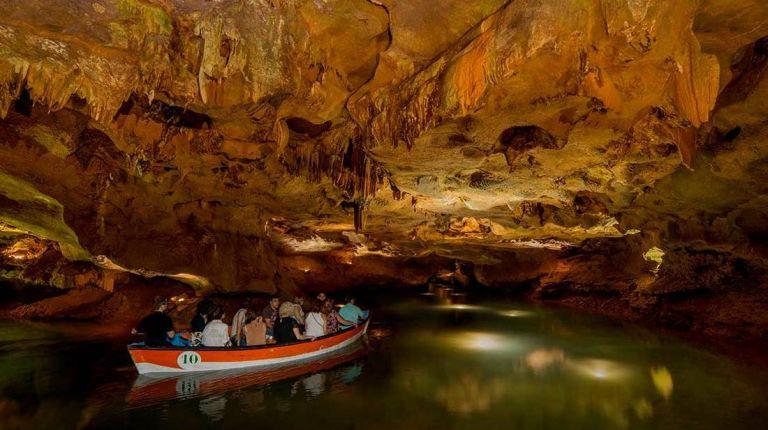 Les Coves de Sant Josep se ponen en valor en el Congreso sobre Cuevas Turísticas Españolas