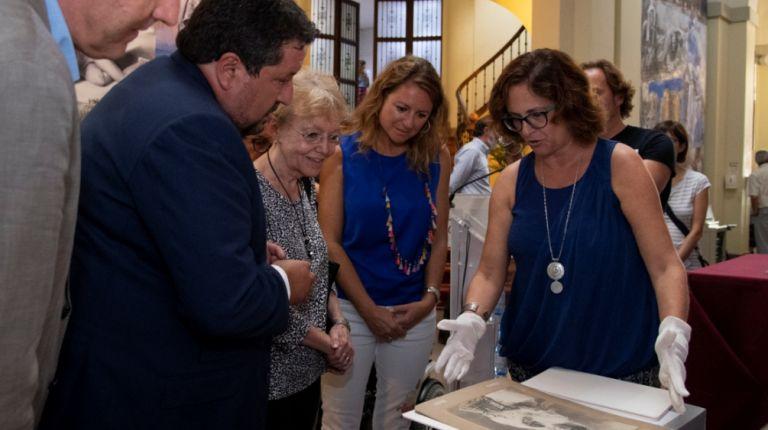 Exposición de una selección de 8.000 fotografías sobre la compositora castellonense Matilde Salvador