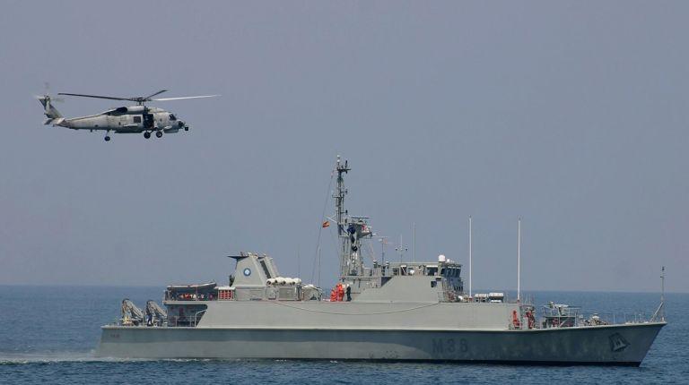 """Santa Pola recibe a los cazaminas de la Armada Española """"Segura"""", """"Sella"""", """"Tambre"""" y """"Duero"""" que podrán visitarse de forma gratuita"""