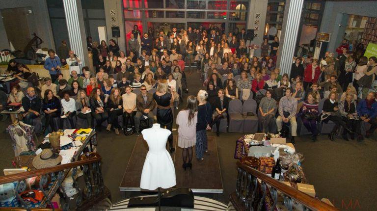 Subasta solidaria apoyada por el el mundo de la cultura y de la gastronomía en Valencia