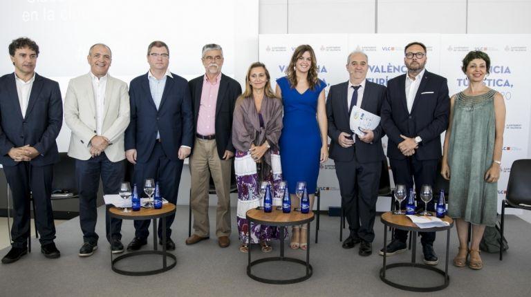 Instituciones, vecinos, sindicatos y sector empresarial arropan el plan València Turística 2020