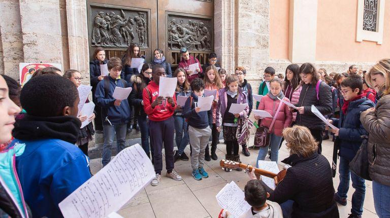 Valencia se llena de villancicos con las voces de 1.500 niños